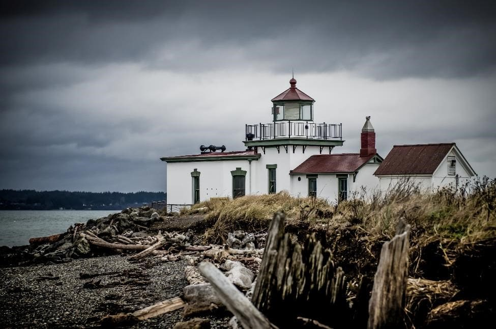 lighthouse at discovery park