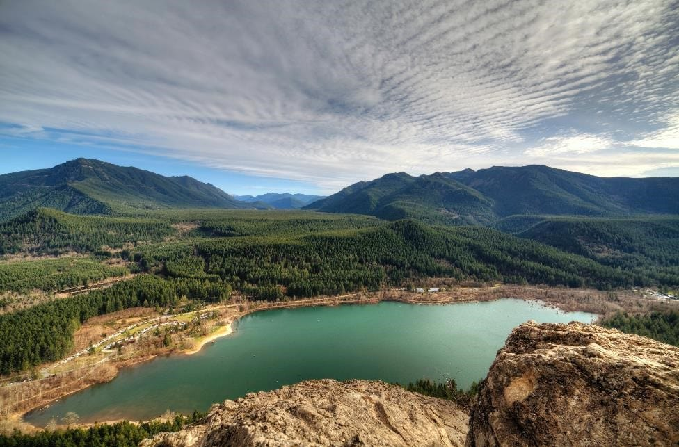 View from Seattle's rattlesnake ledge hike